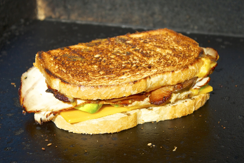 how to make a grilled cheese essay A perfectly executed grilled cheese sandwich relies on a number of factors, the most important being: textural contrast, cheese that melts, and.